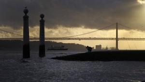 Über die Brücke des Diktators zum Christkönig