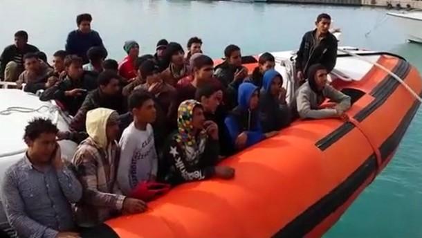 """Italien spricht von einem """"Flüchtlings-Tsunami"""""""