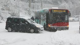 Tauwetter sorgt nach Schneechaos für Entspannung auf Straßen