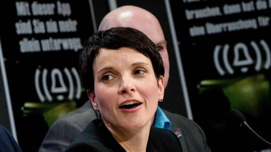 Gezielte Provokation für mehr Aufmerksamkeit: AfD-Vorsitzende Frauke Petry am vergangenen Freitag in Berlin