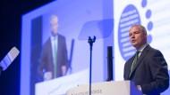 In Erklärungsnot: Carsten Kengeter, Vorstandsvorsitzender der Deutschen Börse, auf der Hauptversammlung in Frankfurt.