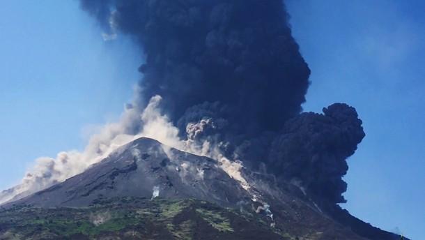Vulkan Stromboli erneut ausgebrochen