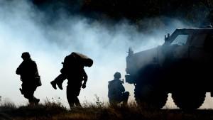 Regierung will den Soldatenberuf attraktiver machen