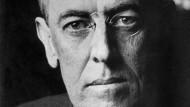 Woodrow Wilson war von 1913 bis 1921 der 28. Präsident der Vereinigten Staaten von Amerika.