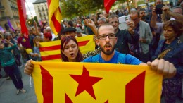 Spaniens Justizminister droht Katalonien