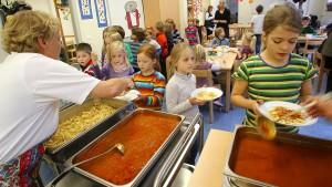 Mehr Geld für Kinder in armen Familien