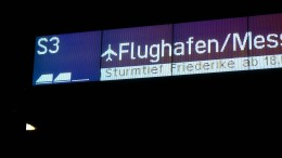 """Sturmtief """"Friederike"""" kommt - Noch ist es ruhig in Hessen"""