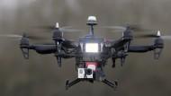 Jagd auf geheimnisvolle Drohnen