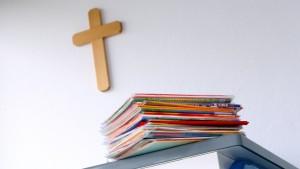 Wie Lehrbücher die Religion verdrehen