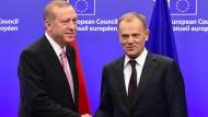 Erdogan verlangt Hilfe fürPolitik gegen Kurden