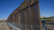 Der Bau einer Mauer an der Grenze zu Mexiko ist gegenwärtig nicht zu finanzieren.