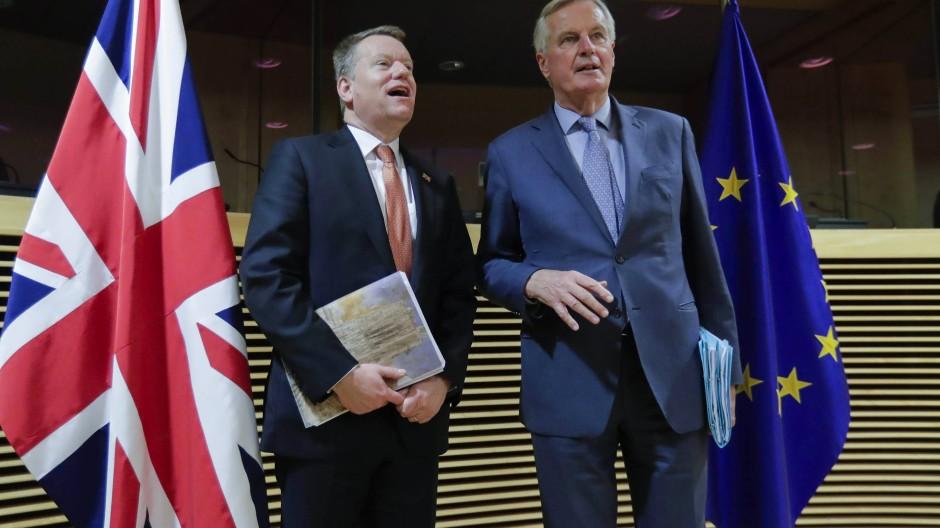 Harte Verhandlungspartner: Der britische Chefunterhändler David Frost und EU-Chefunterhändler Michel Barnier (r.)