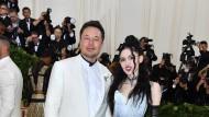 """""""Das seltsamste Paar der Welt"""": Elon Musk und Grimes im Mai 2018 auf der Gala des Metropolitan Museum of Art in New York"""