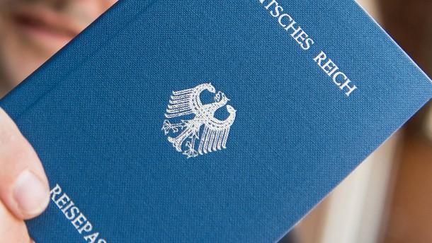 """Rund 600 """"Reichsbürger"""" leben in Hessen"""