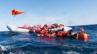 Sechs deutsche Städte wollen Bootsflüchtlinge aufnehmen.