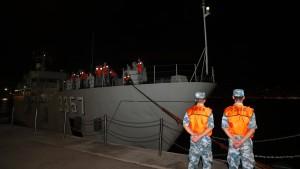 Peking schickt neue Truppen