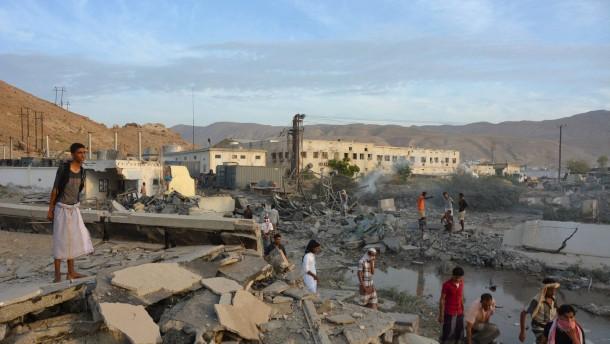 Saudi-Arabien will 800 Al-Qaida-Kämpfer getötet haben