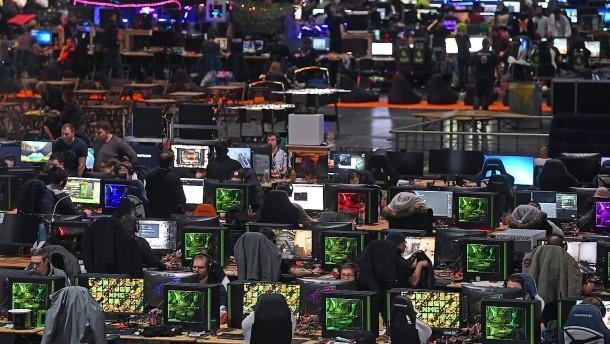 Deutsche verrückt nach Computerspielen