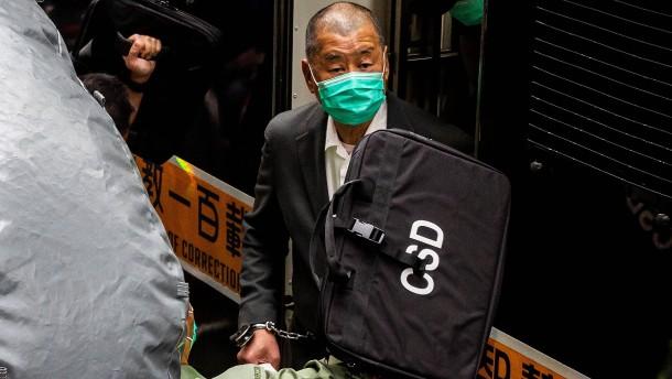Pro-demokratischer Aktivist Jimmy Lai bleibt in Haft