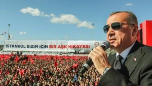 """Erdogan warnt vor """"provokativen Aktionen"""""""
