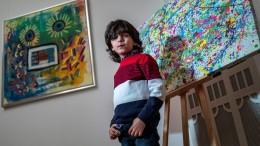 Siebenjähriger Künstler zeigt seine neuen Werke