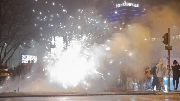 Böllerverbot für zwei Brennpunkte in Berlin
