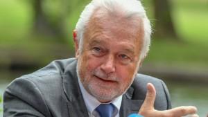 Kubicki wirft Seehofer Untätigkeit bei Migrationsabkommen vor