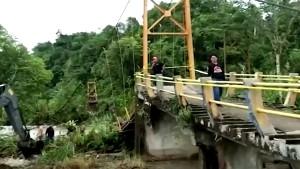Mehrere Tote nach Brückeneinsturz