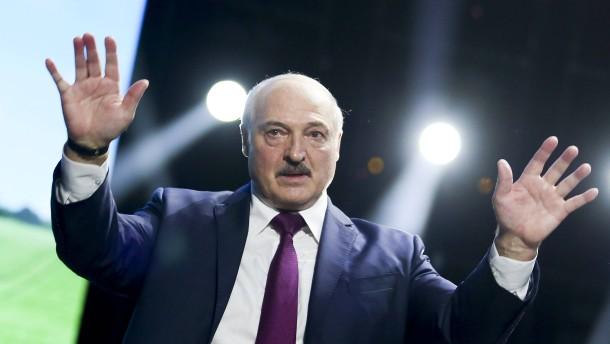 Der Druck auf Lukaschenko wächst