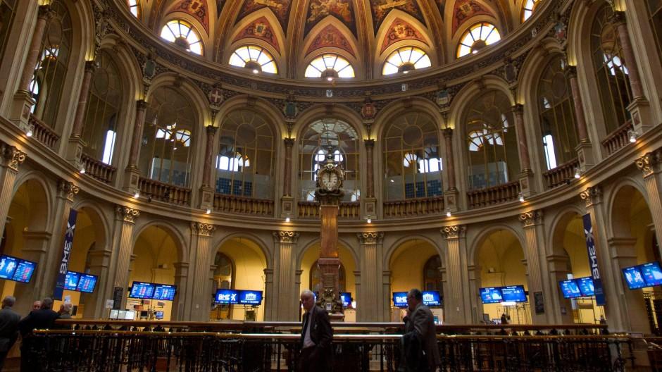 Sichtbares Zeichen einer abstrakten Macht: die Börse von Madrid, die seit der Digitalisierung des Finanzsektors allerdings einen beinahe musealen Eindruck vermittelt