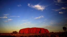 Bald ist Klettern auf Australiens Heiligem Berg verboten