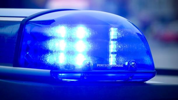Ein Toter und drei Verletzte durch Explosion in Wohnung