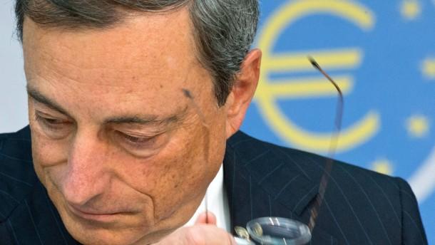 EZB-Präsident Draghi will Gläubiger bei Bankenrettung verschonen