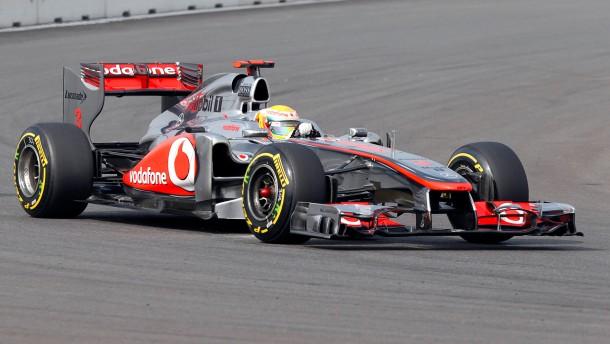 Hamilton schnappt Vettel Pole Position weg