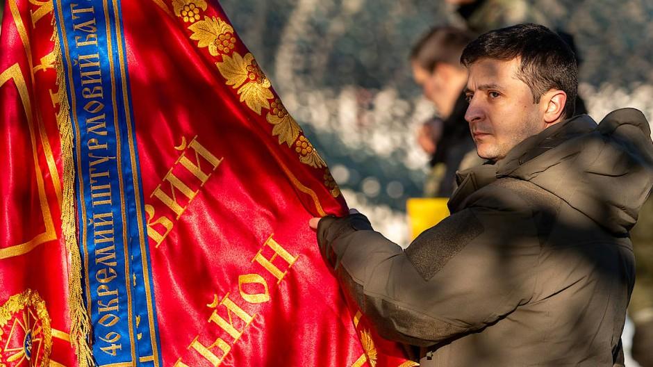 Der ukrainische Präsident Wolodymyr Selenskyj am vergangenen Freitag in der Donetsk-Region.
