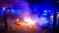 Polizisten am Sonntag im Hamburger Schanzenviertel
