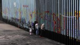 Amerika schiebt mittelamerikanische Kinder nach Mexiko ab