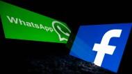 Künftig soll Whatsapp mehr Nutzerdaten mit dem Mutterkonzern Facebook teilen dürfen. (Symbolfoto)