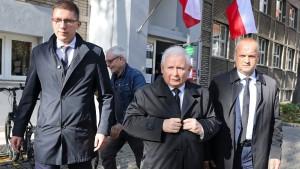 PiS kann erstmals in sechs Regierungsbezirken alleine regieren