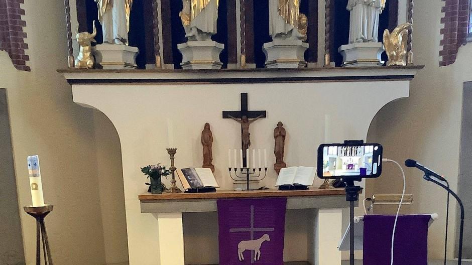 Setup für Gottesidenst-Livestream in Wilhelmsburg.