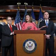 Die Vorsitzende des Repräsentantenhauses, Nanci Pelosi, während einer Pressekonferenz