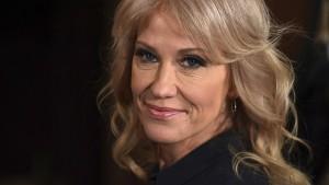 Kellyanne Conway soll gegen Wahlwerbeverbot verstoßen haben