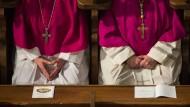 Katholische Bischöfe: Wie soll die kirchliche Rentenkasse saniert werden?