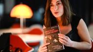 Mesale Tolu liest am Mittwochabend in Ulm aus ihrem Buch über ihre Haft in der Türkei.