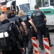 Einsatzkräfte vor dem Berliner Benjamin-Franklin-Krankenhaus.