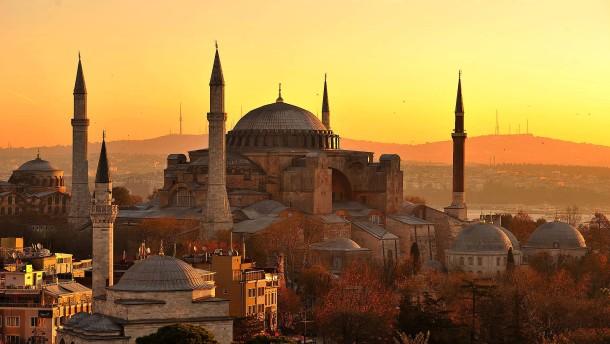 Noch nie reisten so viele Menschen in die Türkei