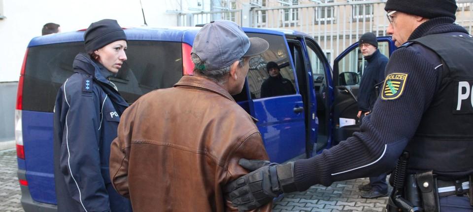 Übersetzer Dolmetscher Russisch Gericht Polizei