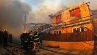 Großbrand wütet in chilenischer Hafenstadt