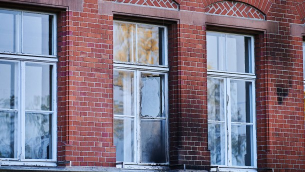 Brandsätze gegen Gebäude des Robert-Koch-Instituts geworfen