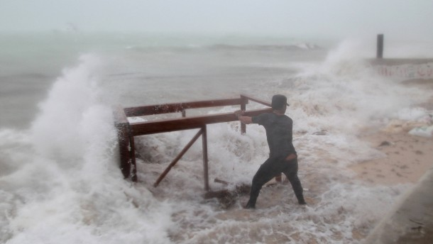 """Dominikanische Republik bereitet sich auf """"Maria"""" vor"""